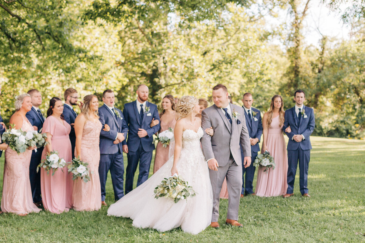Dorothy_Louise_Photography_Alyssa_Drew_The_Barn_At_Kennedy_Farm_Indiana_Wedding_Bridal_Party-303