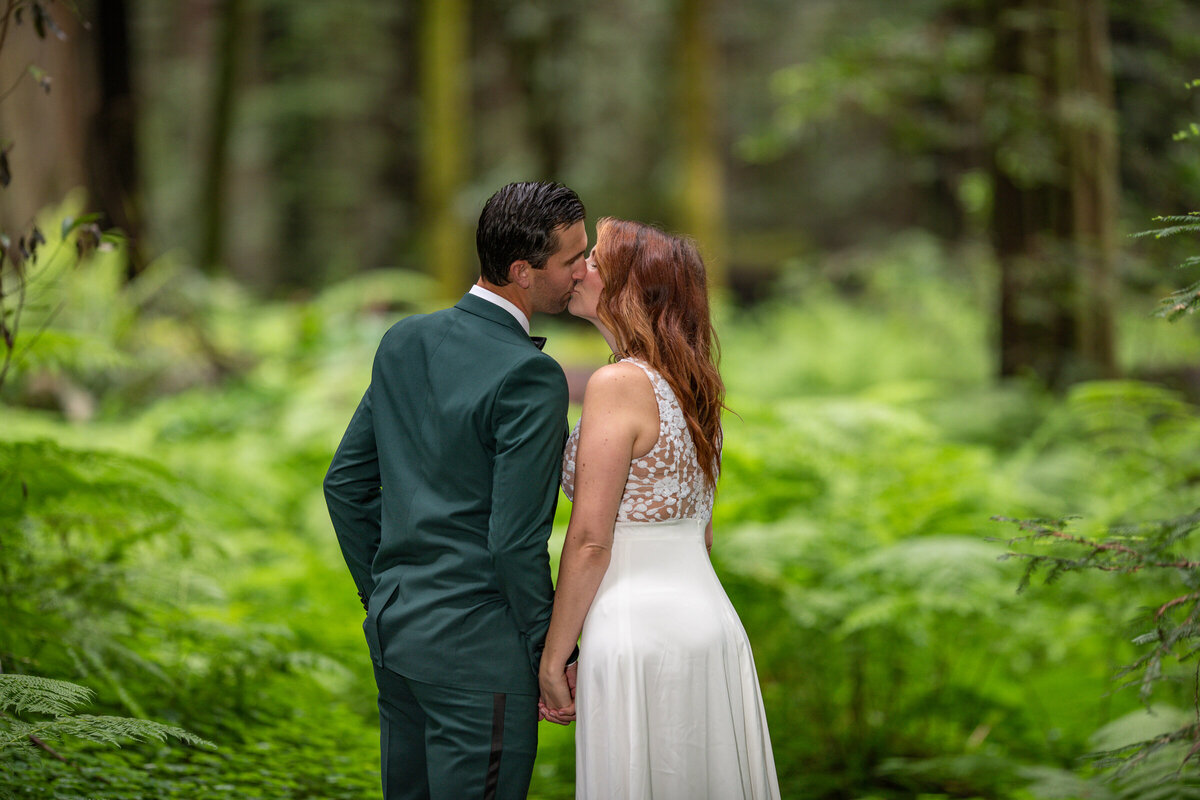 Avenue-of-the-Giants-Redwood-Forest-Elopement-Humboldt-County-Elopement-Photographer-Parky's Pics-11