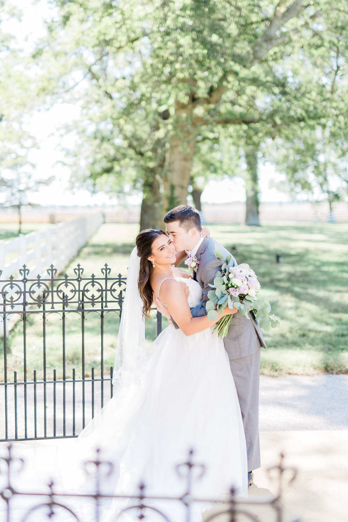 StyledWeddingShoot_KinspiredPhoto-14