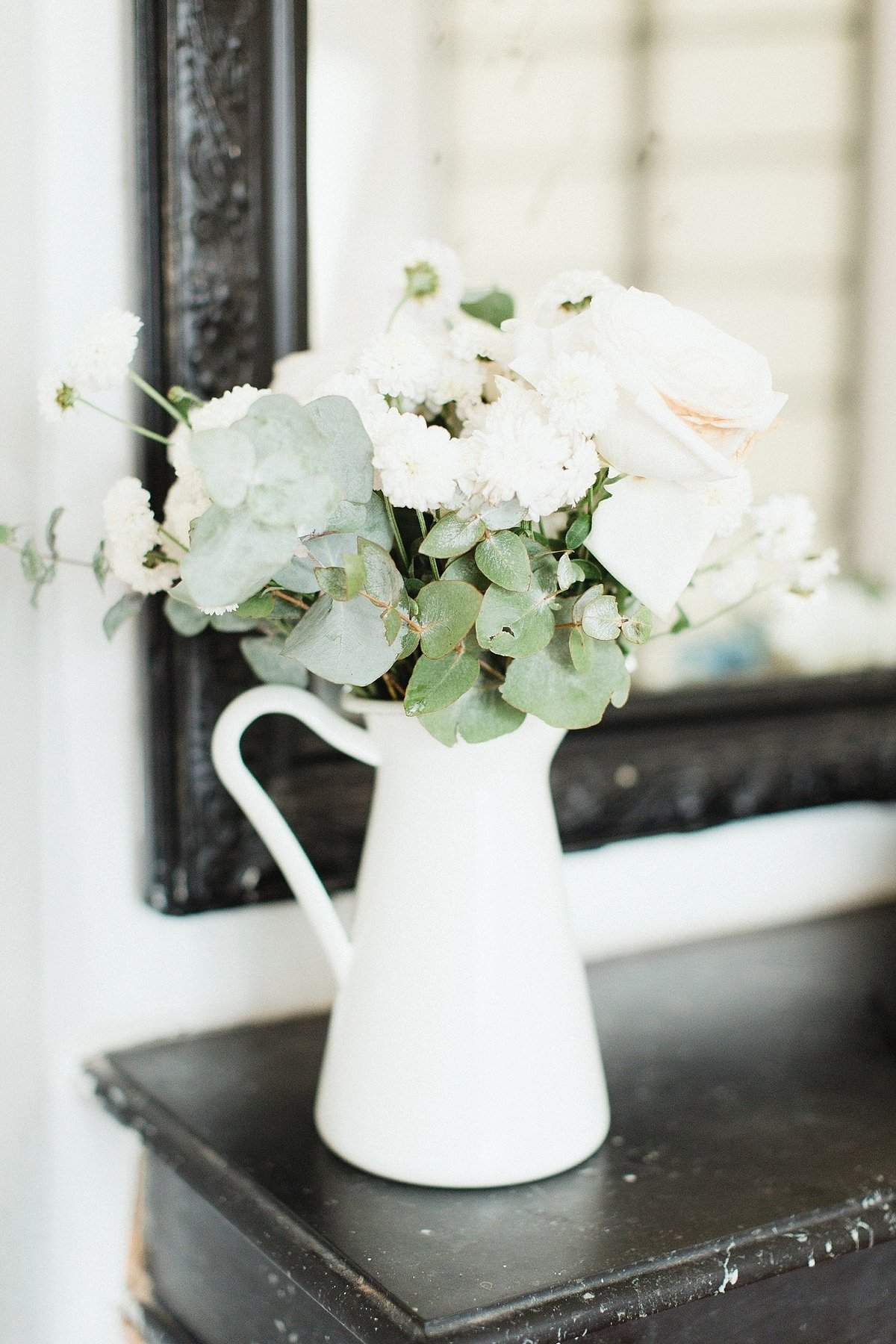 Paris wedding in Montmartre photographed by Destination Wedding Photographer, Alicia Yarrish