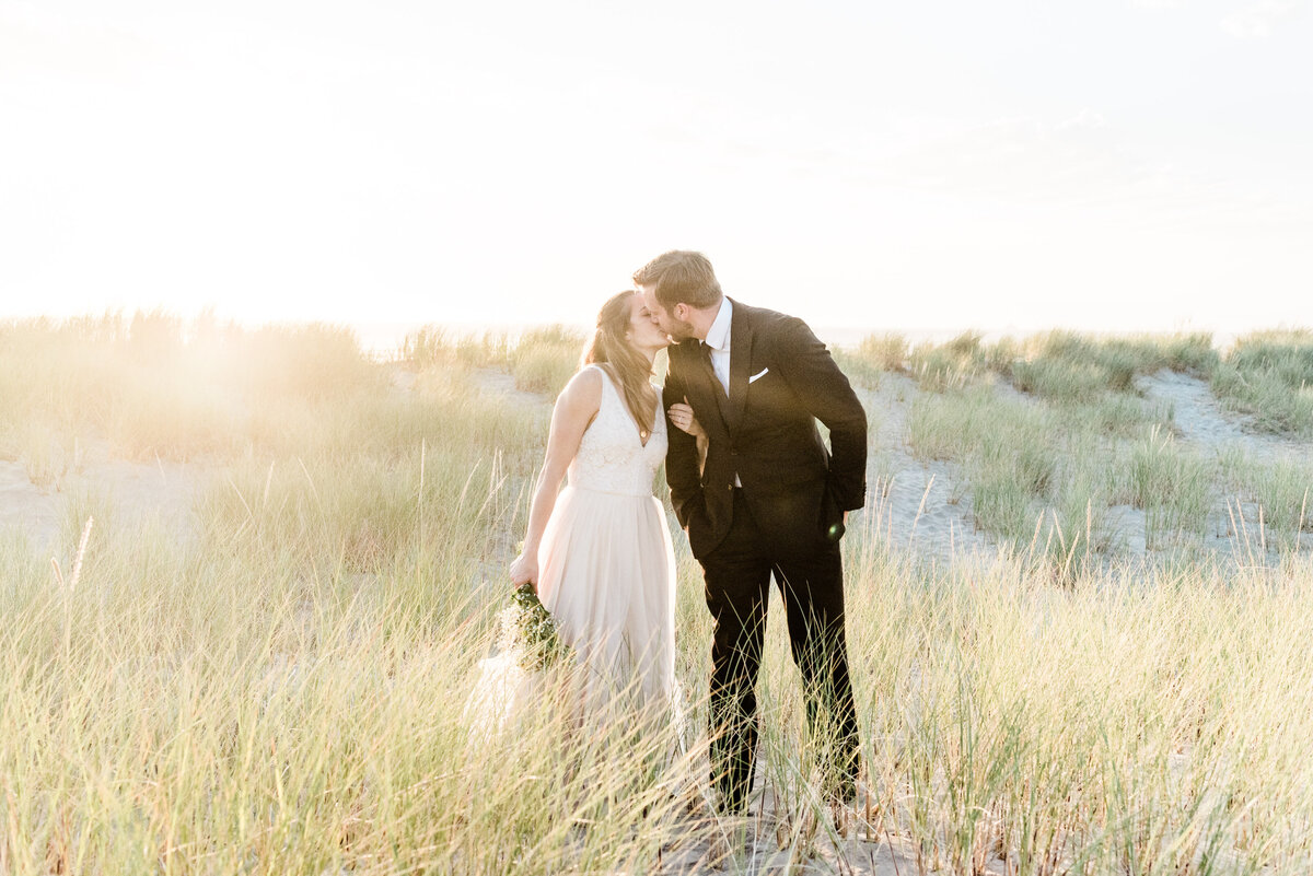 Cannon-Beach-Elopement-Photographer-50