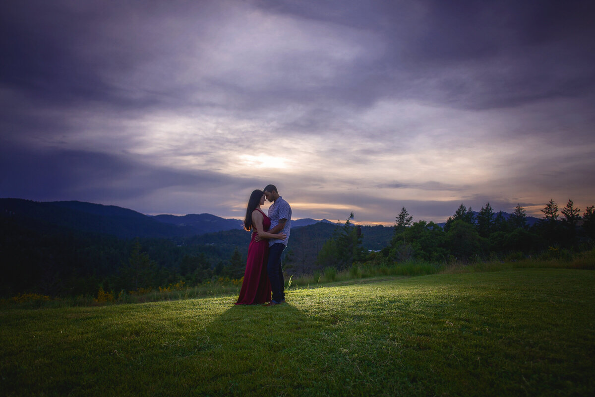 -Humboldt-County-Engagement-Photographer-Redway-Photographer-Parky's Pics-sunset-river-engagement-12
