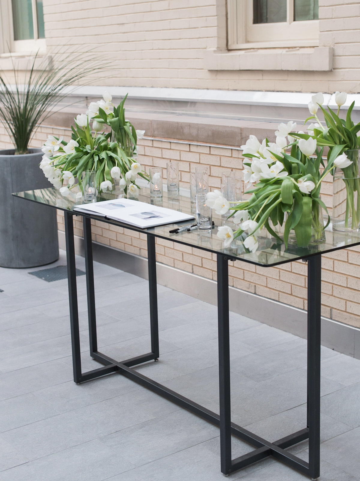 Courtney Hanson Photography - Modern wedding at The Joule-3632
