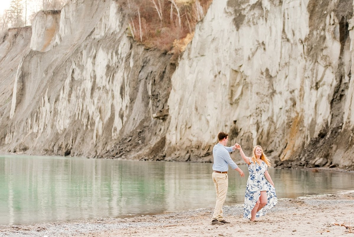 scarborough-bluffs-engagement-session_1000