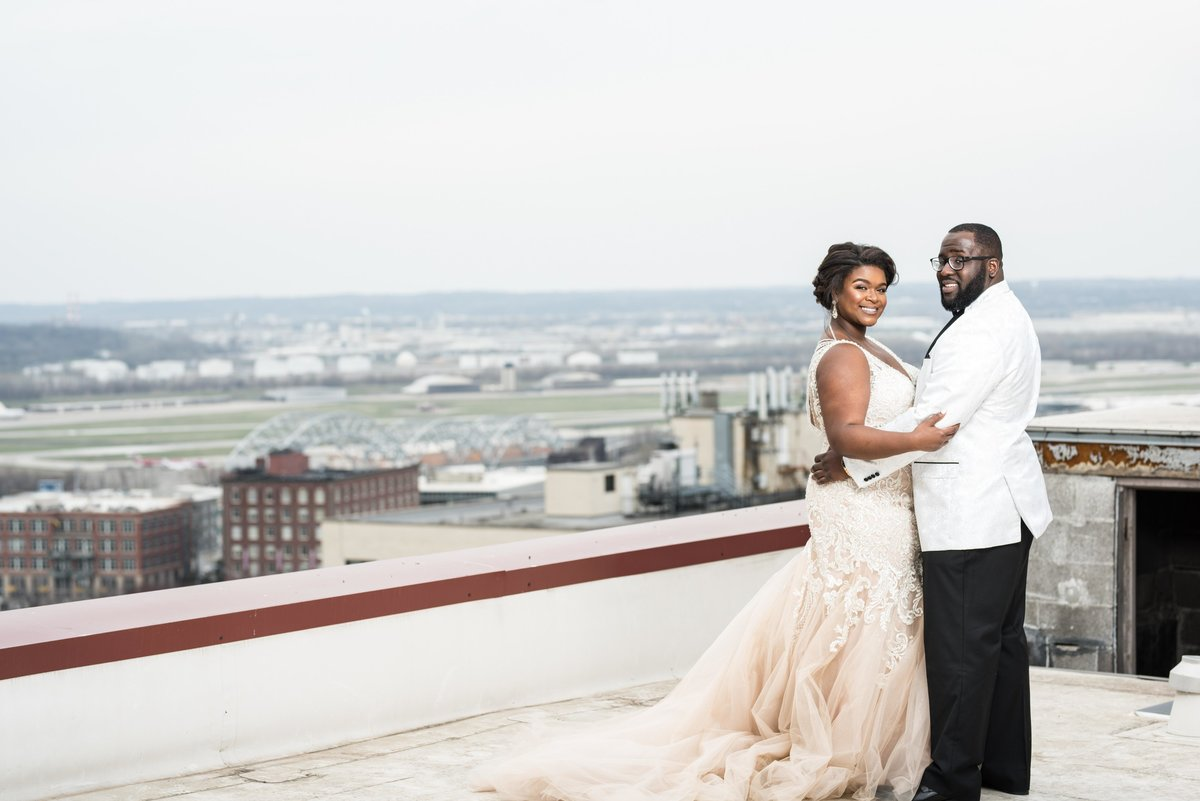 bride-groom-Scarritt-wedding-rooftop-0003