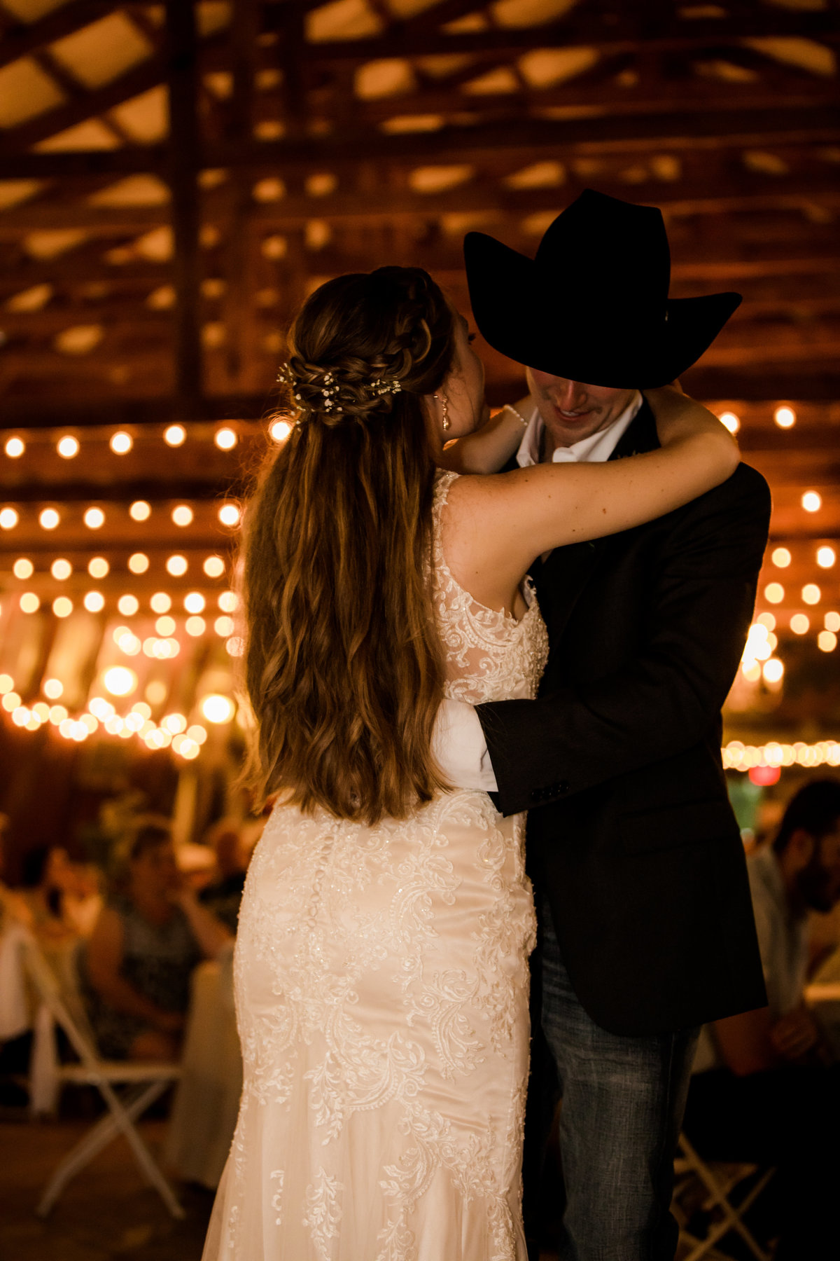 Nsshville Bride - Nashville Brides - The Hayloft Weddings - Tennessee Brides - Kentucky Brides - Southern Brides - Cowboys Wife - Cowboys Bride - Ranch Weddings - Cowboys and Belles162