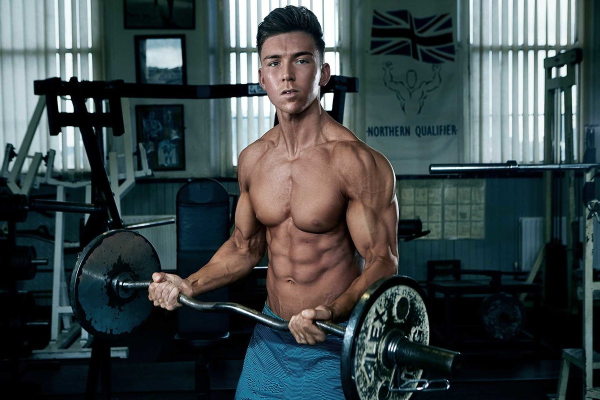 DaivdMcQue-HarveyRoberts-Gym-Shoot-Aug15-0207-edit