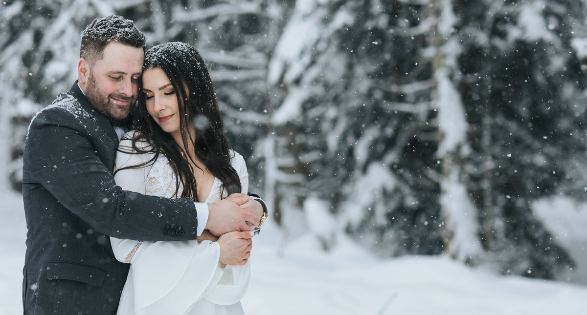winter boho lake louise elopement photos