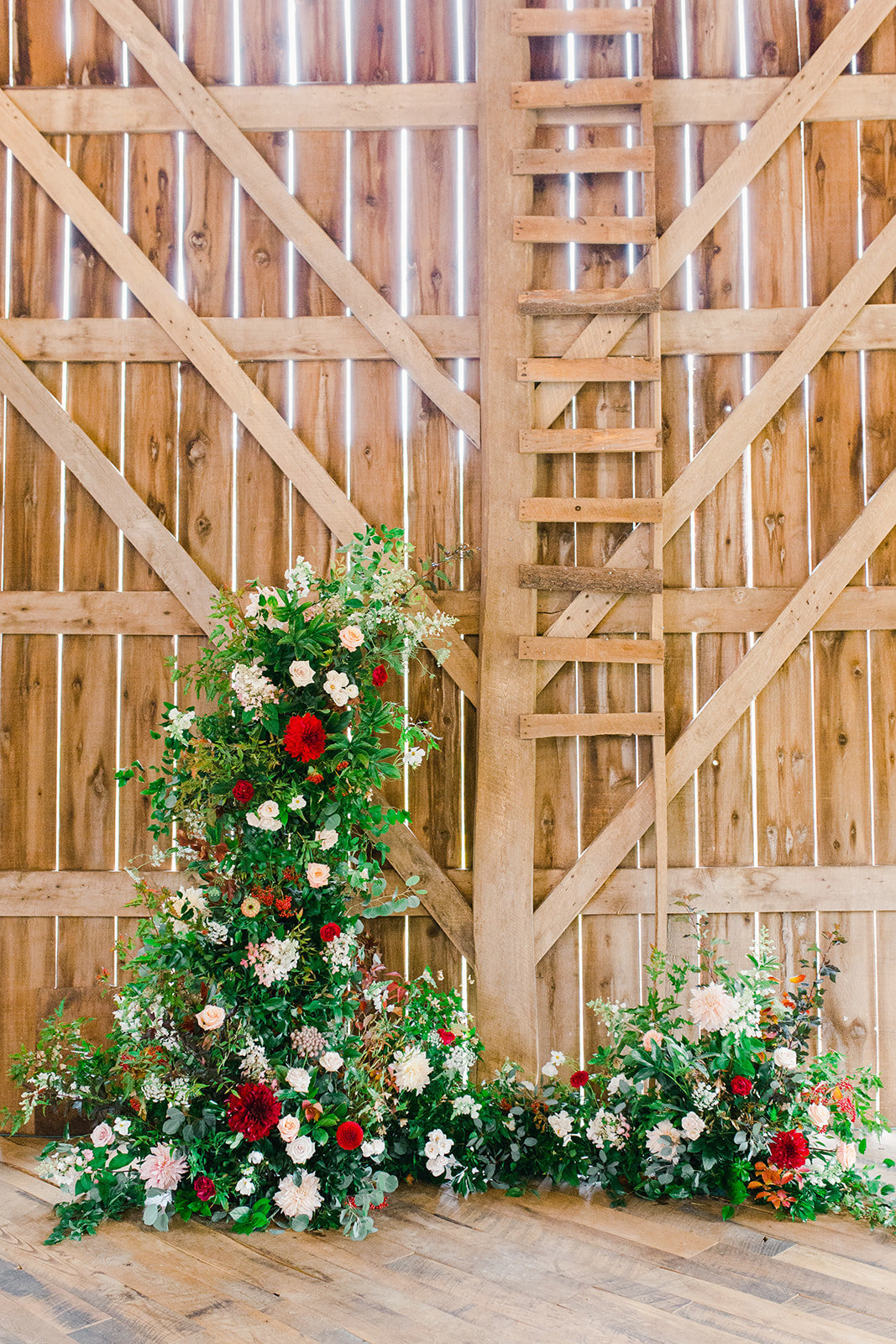 rustic floral backdrop wedding