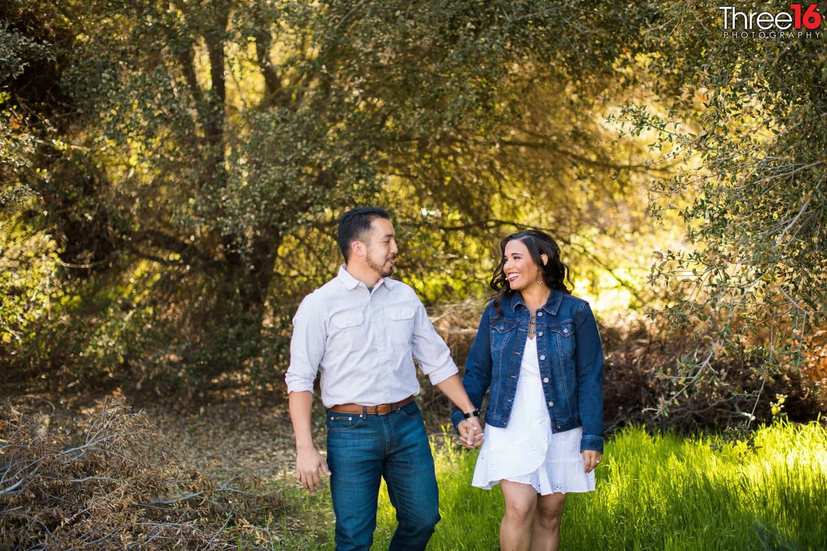 Laguna Coast Wilderness Park Engagement Professional Wedding Photographer_2