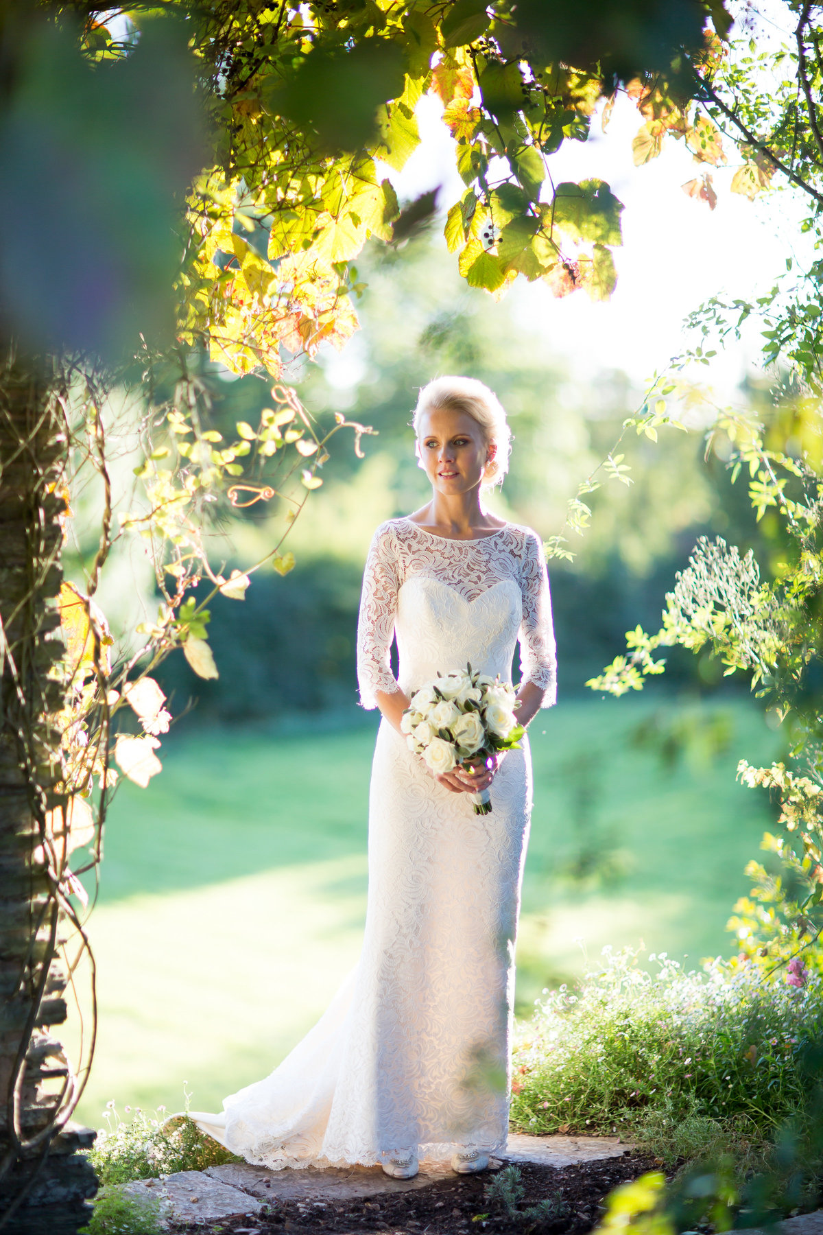 bride at hestercombe gardens