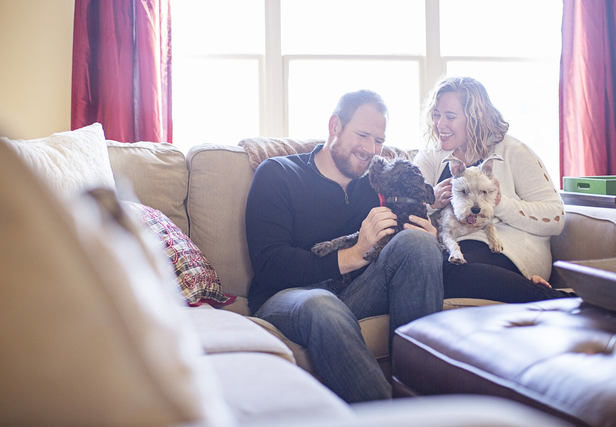 at home couples photos with  dogs