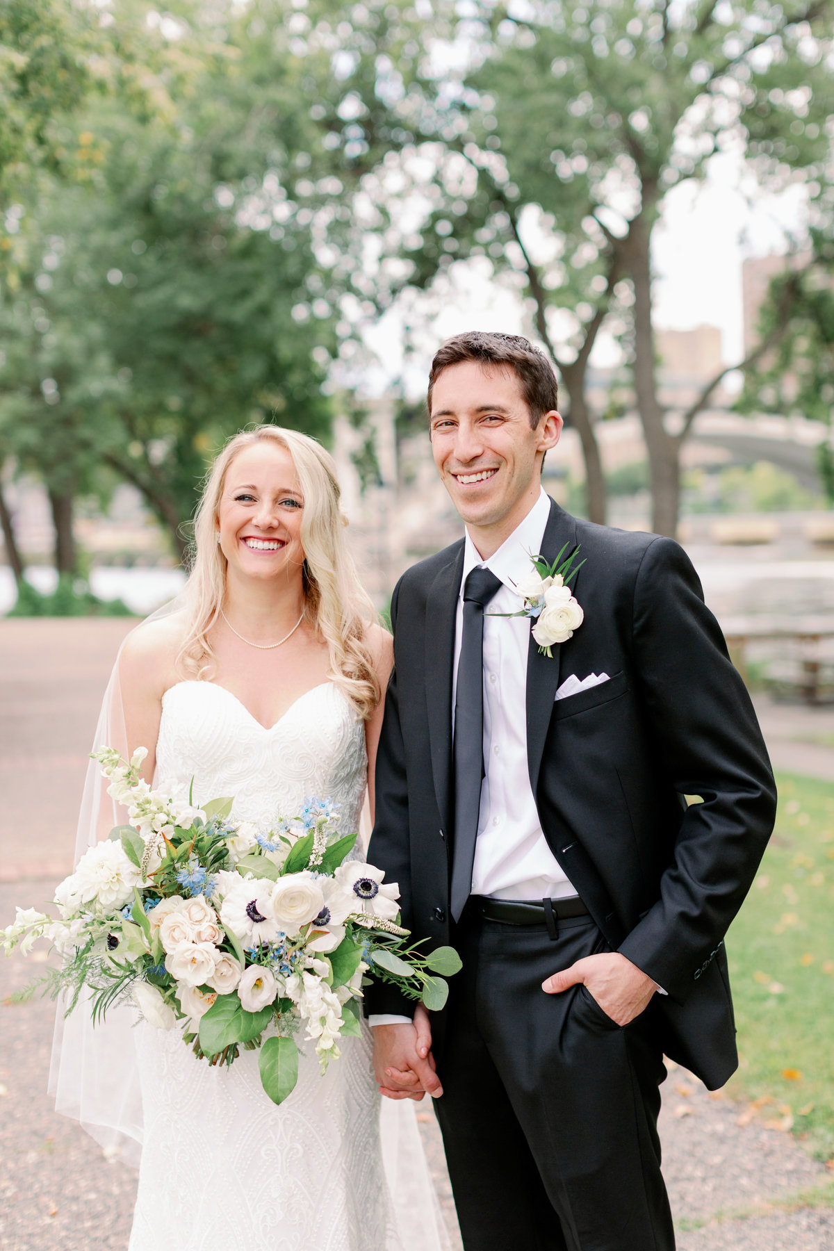 nicollet island pavilion wedding minneapolis studio fleurette