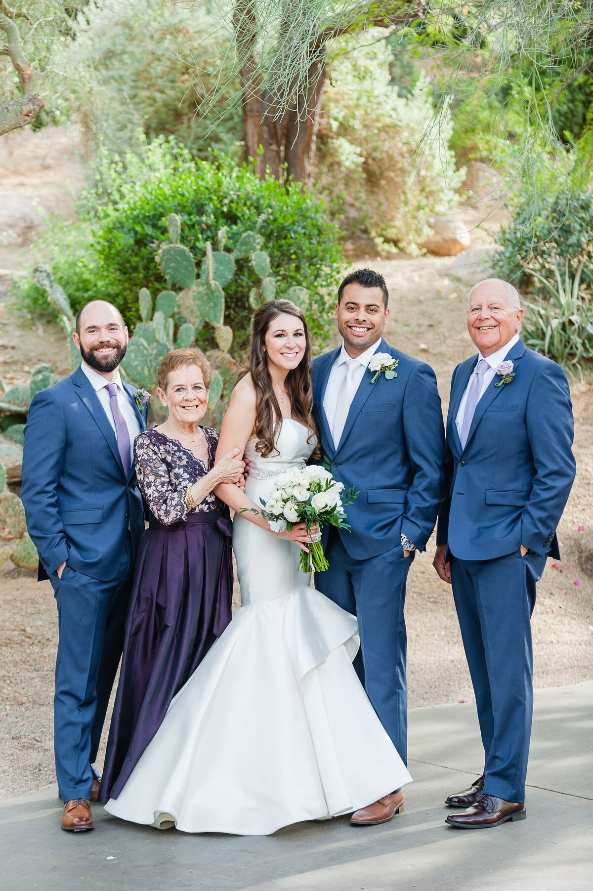 Sanctuary-on-Camelback-Wedding-by-Leslie-Ann-Photography-00020
