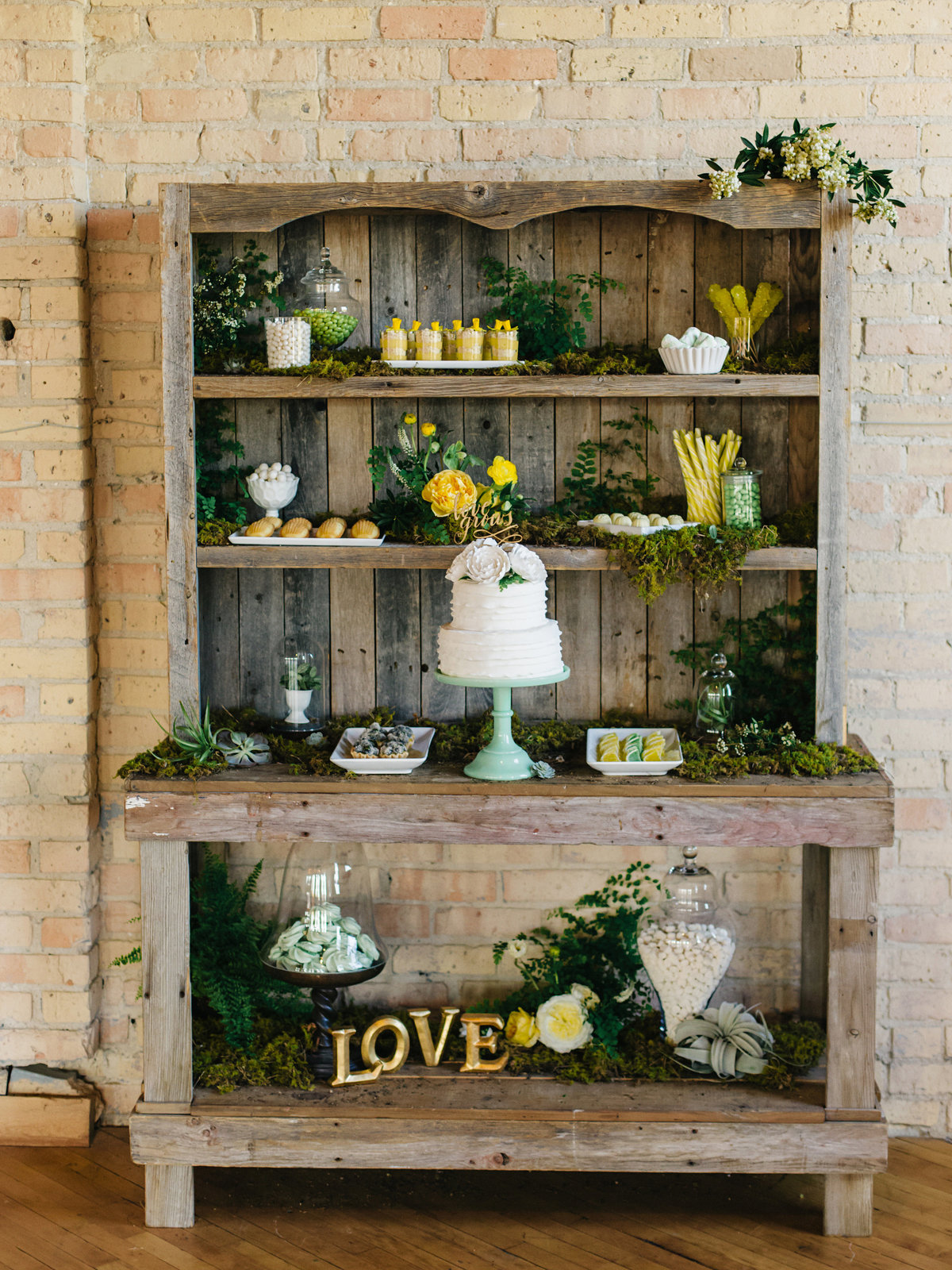botanical dessert hutch
