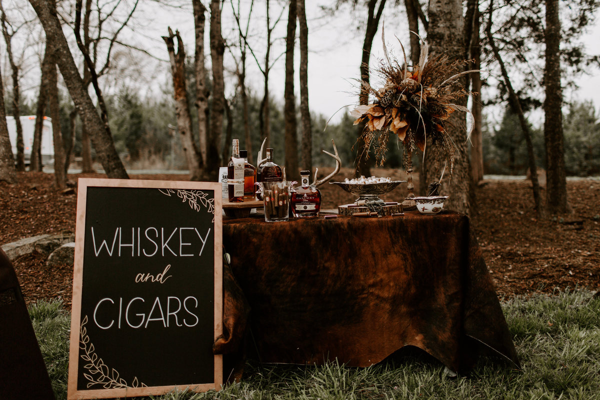 South Carolina Forest Wedding _ Danielle & Kyle Emily Magers Photography-1009