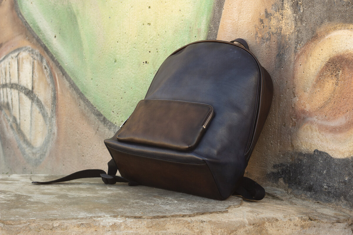 gps-custom-leathergoods-backpack
