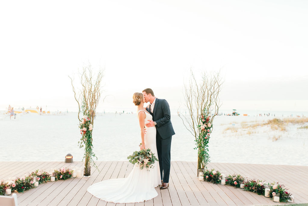 Wedding Tampa Bay, Florida l Clearwater Beach Elopement