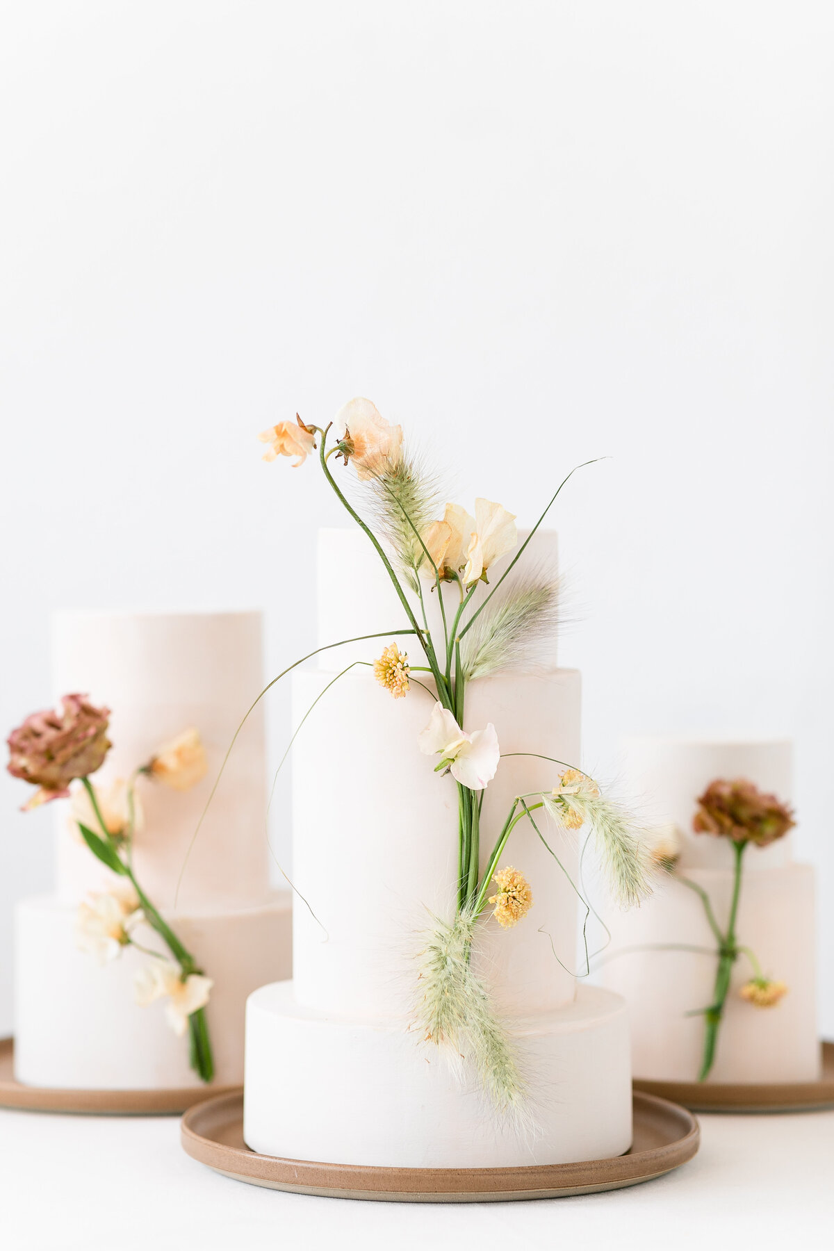 Bold_Minimalist_Editorial_Styled_Wedding-153