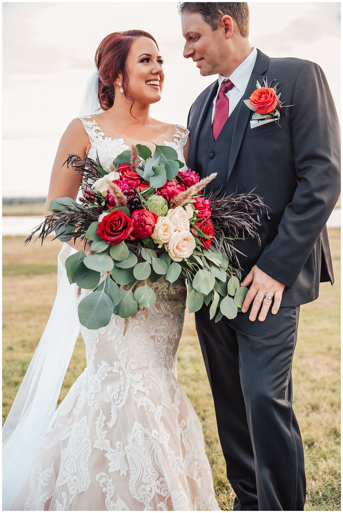 Rustic Burgundy and Blush Indoor Outdoor Wedding at Emery's Buffalo Creek - Houston Wedding Venue_0686