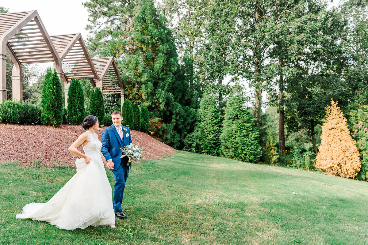HIGHGROVE-ESTATE-WEDDING-FUQUAY-VARINA-NC-TESSIE-AND-ALEX-37