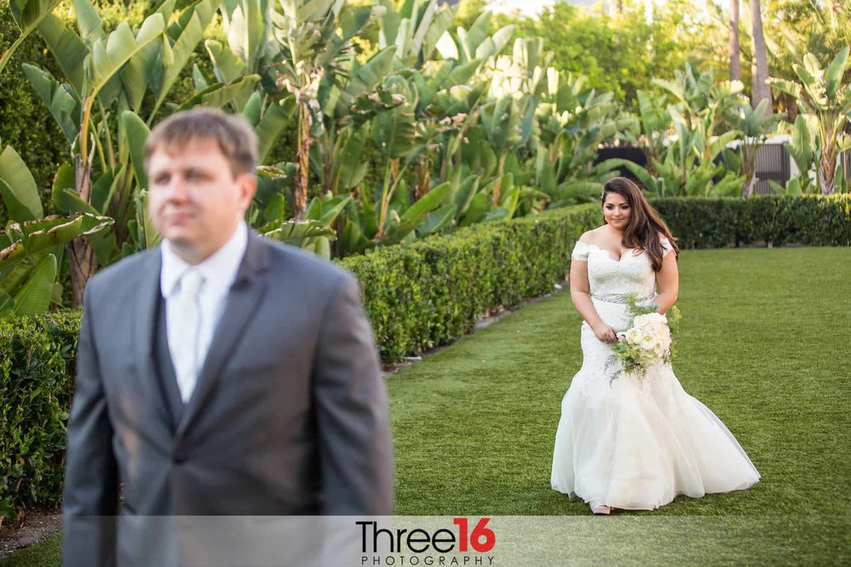 Orange County Wedding Photographers Hotel Irvine Wedding