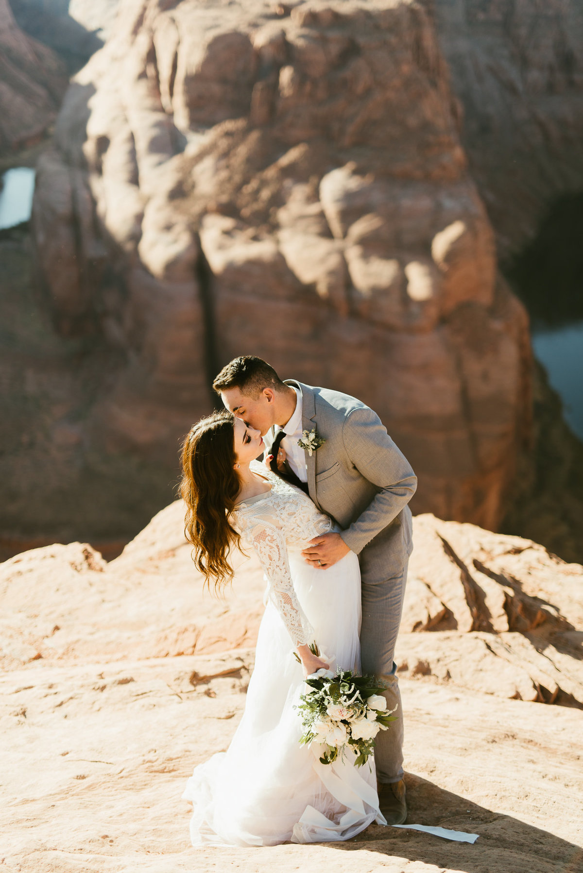 elopement-at-horeseshoe-bend-11
