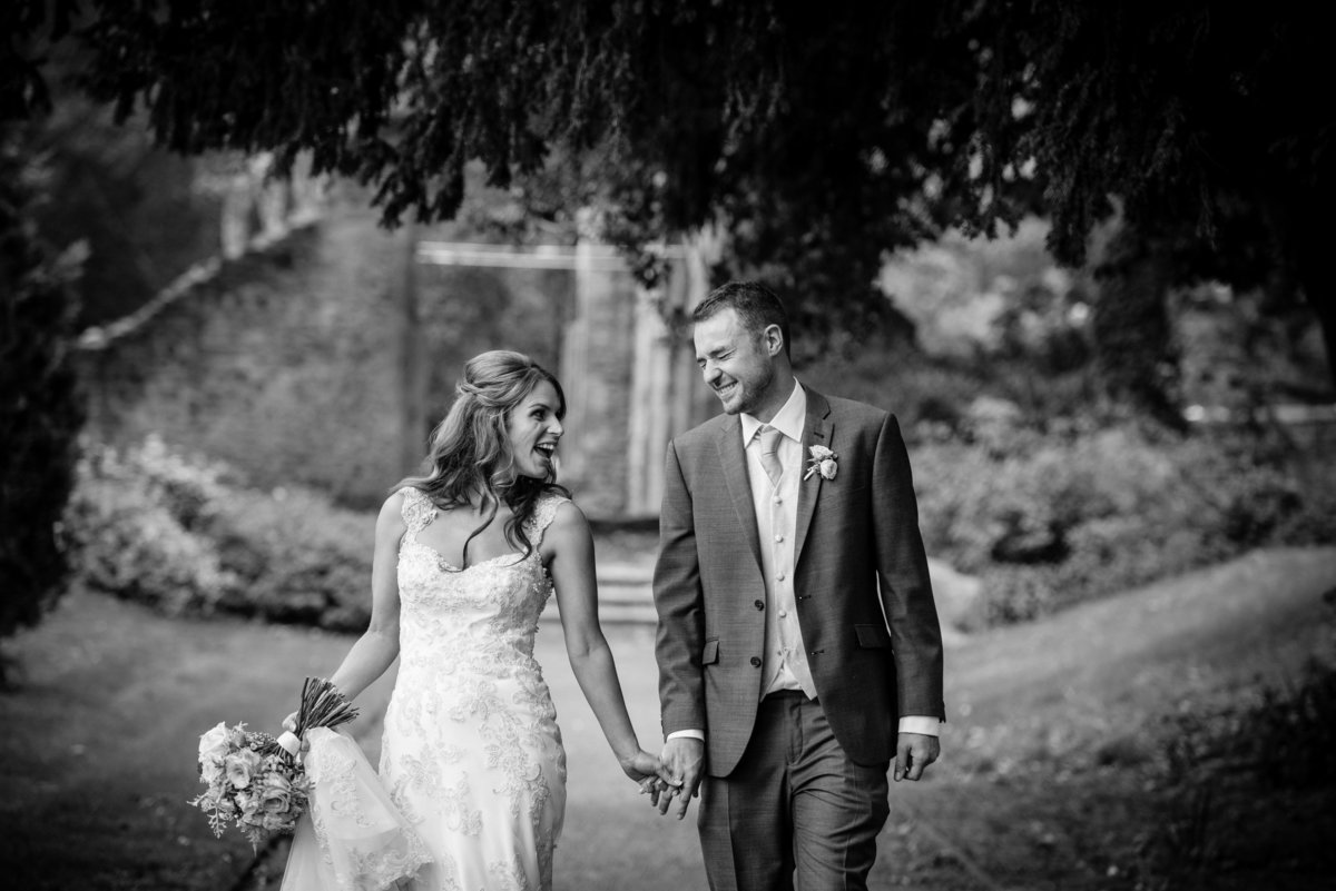 The Crown and Thistle Abingdon Oxfordshire wedding photography