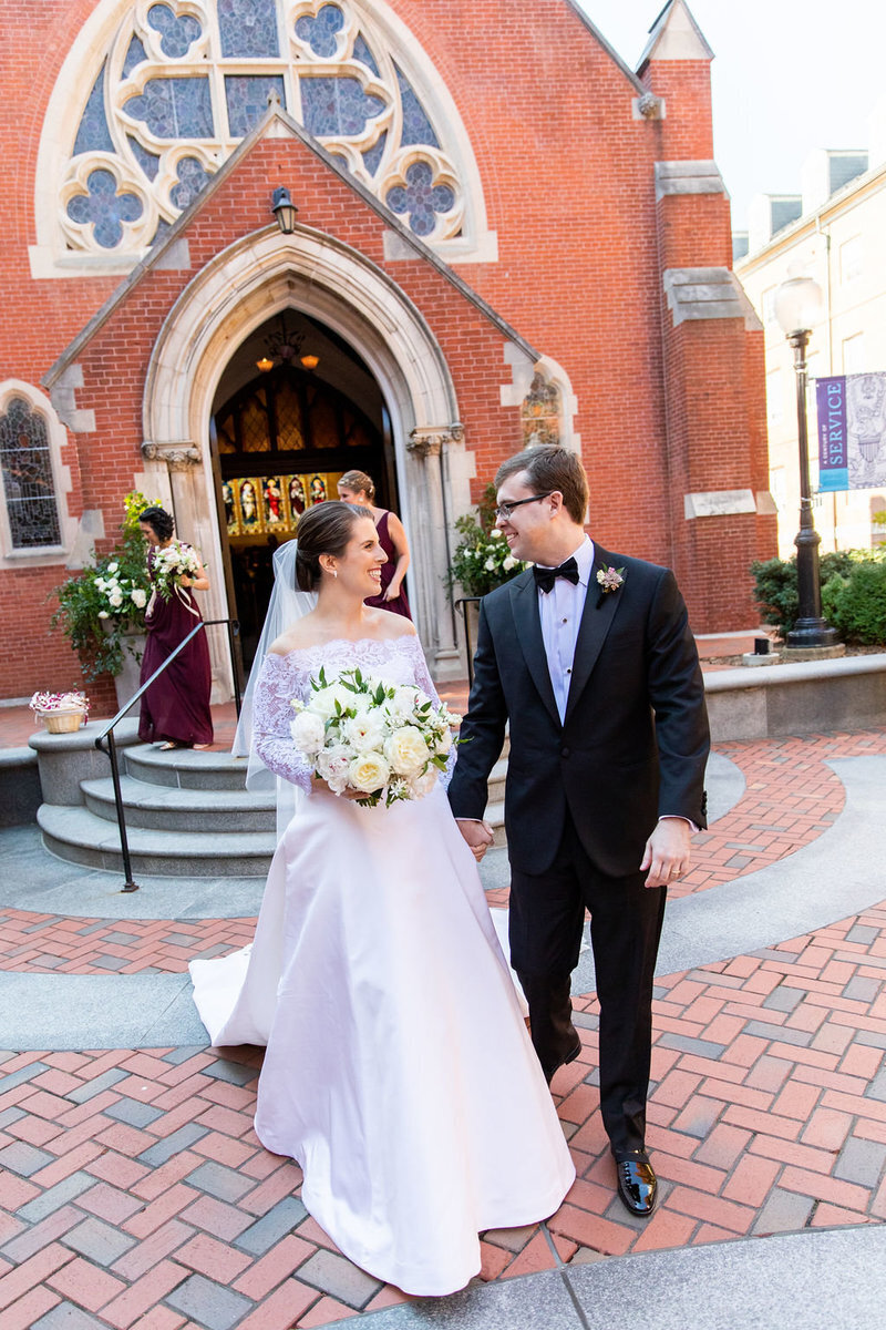 just-married-dahlgren-chapel-patricia-lyons