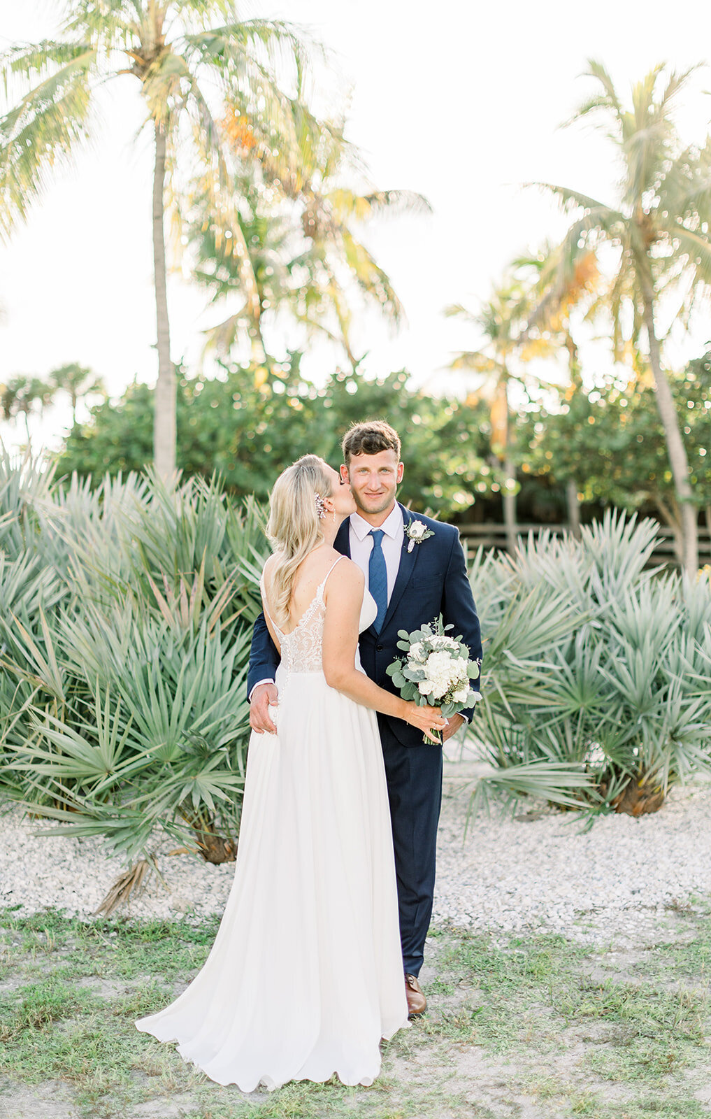 alex-mike-bowditch-beach-fort-myers-wedding-photos-1136