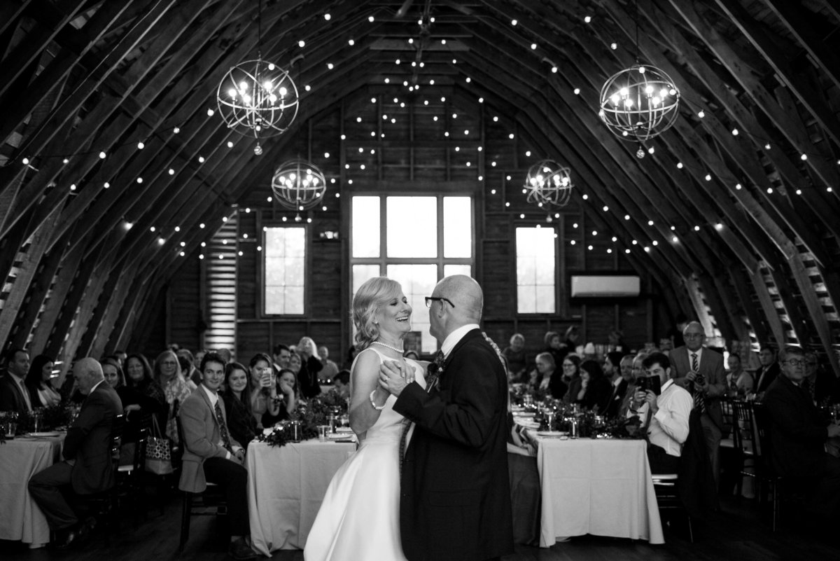 48 Fields Wedding by Leesburg Wedding Photographer, Erin Tetterton Photography