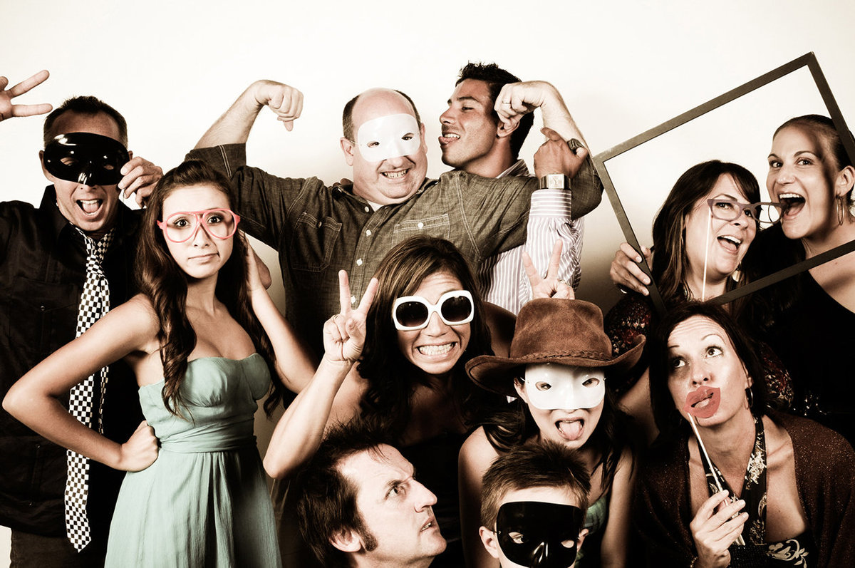 0007-Photo-Booth-Rental-at-Wedding-Reception-Guests-Having-Fun