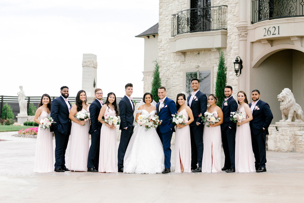 Jasmine & Josh Wedding at Knotting Hill Place | Dallas DFW Wedding Photographer | Sami Kathryn Photography-92