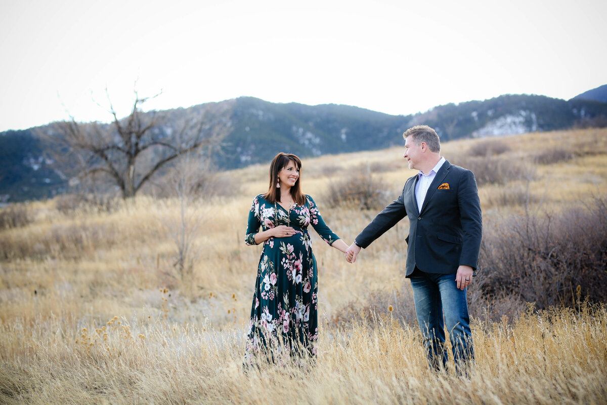 travelingmaternityphotographercoloradosprings,co