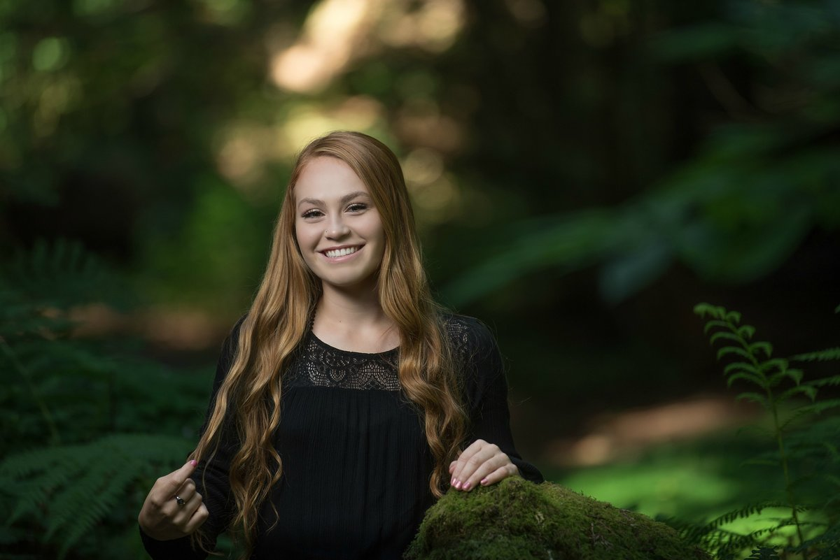 Redway-California-senior-portrait-photographer-Parky's-Pics-Photography-Humboldt-County-Humboldt-Redwoods-Avenue-of-the-Giants-17.jpg