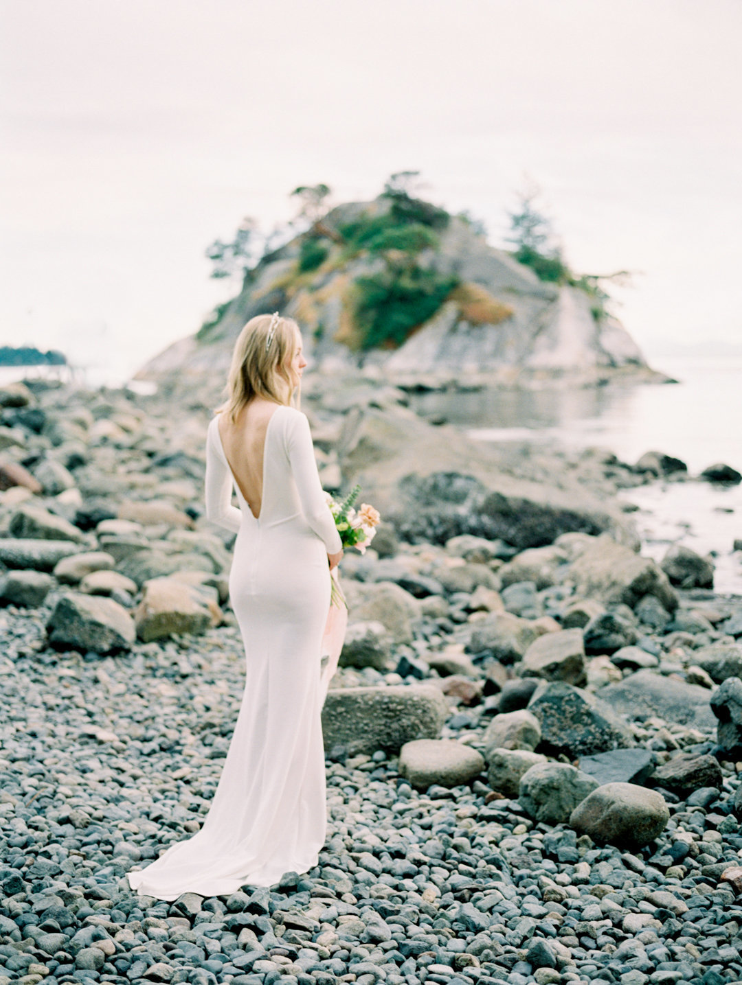 Teryn Lee Photography vancouver wedding photographer whytecliff park elopement