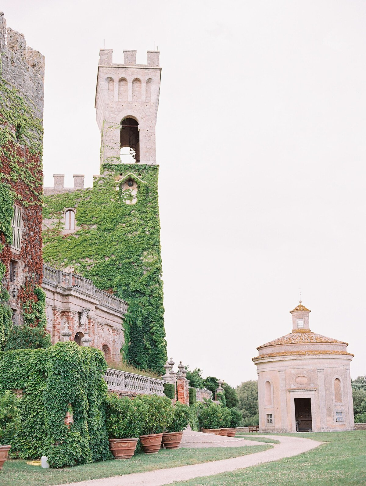 NKT-Events_Wedding-Inspiration-Editorial_Castello-di-Celsa_0426