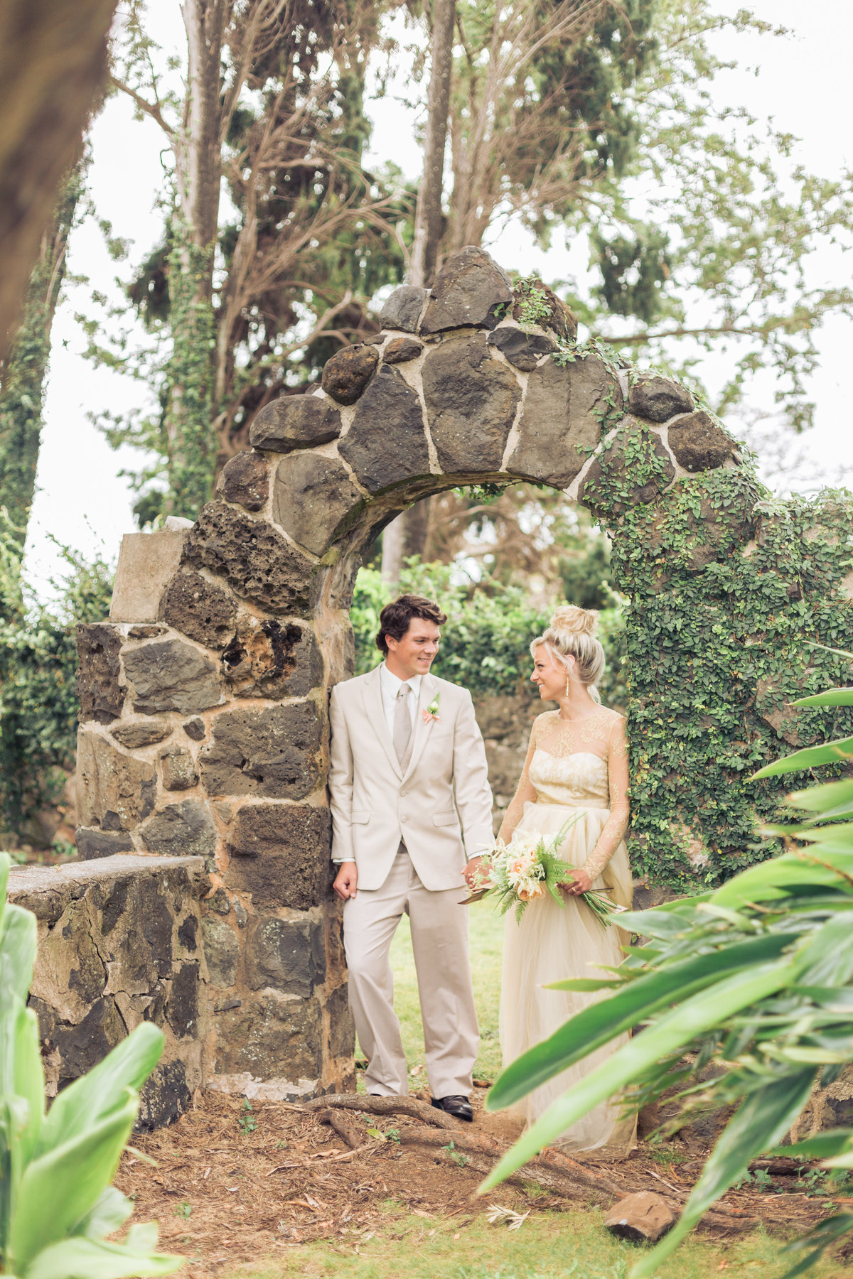 Maui venue wedding photographer