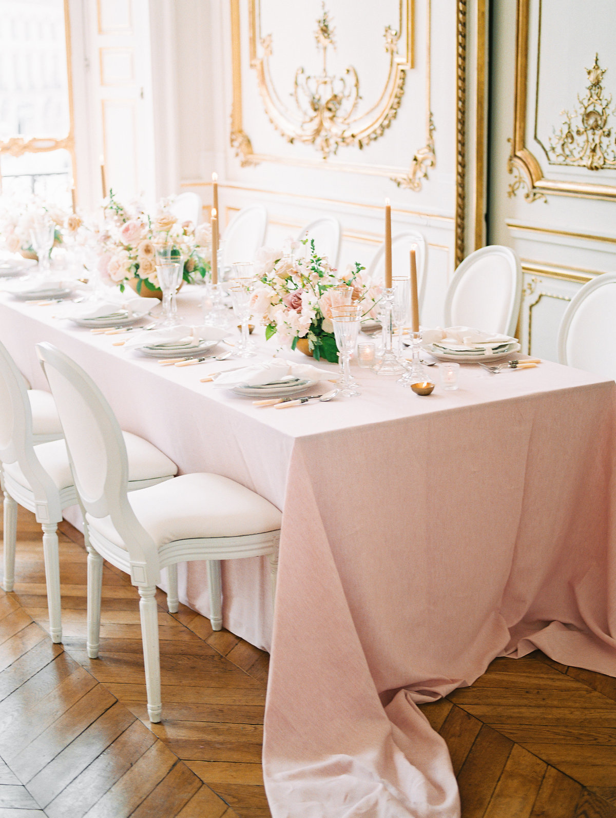 Table-Parisian Wedding at Hotel D'Evreux