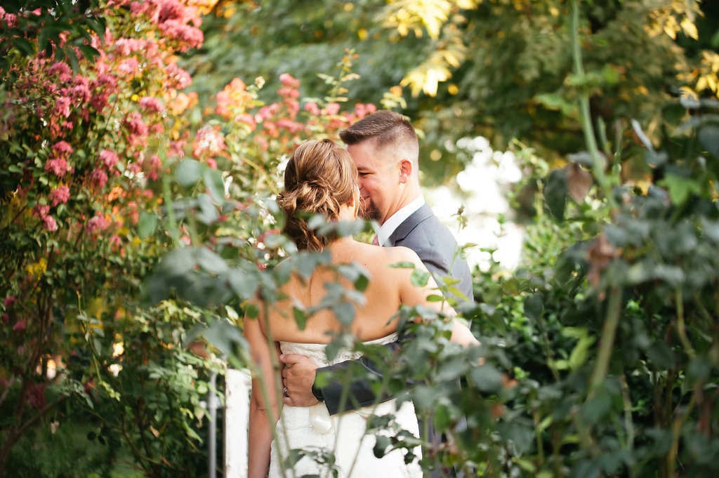 R-Wedding-House-Wedding-Photos-in-Fresno-by-Megan-Helm-Photography