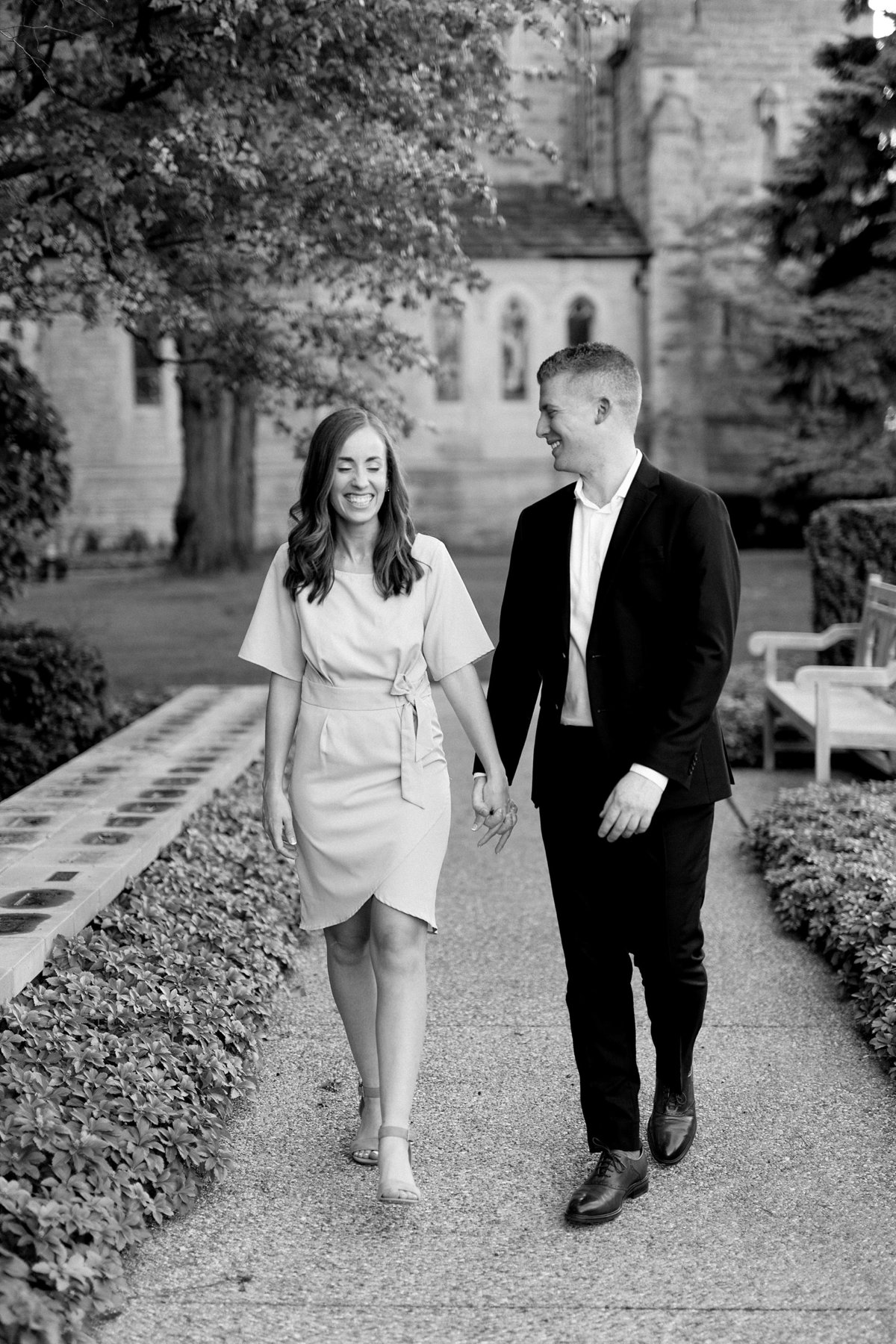 Amanda-Dylan-War-Memorial-Grosse-Pointe-Engagement-Breanne-Rochelle-Photography17
