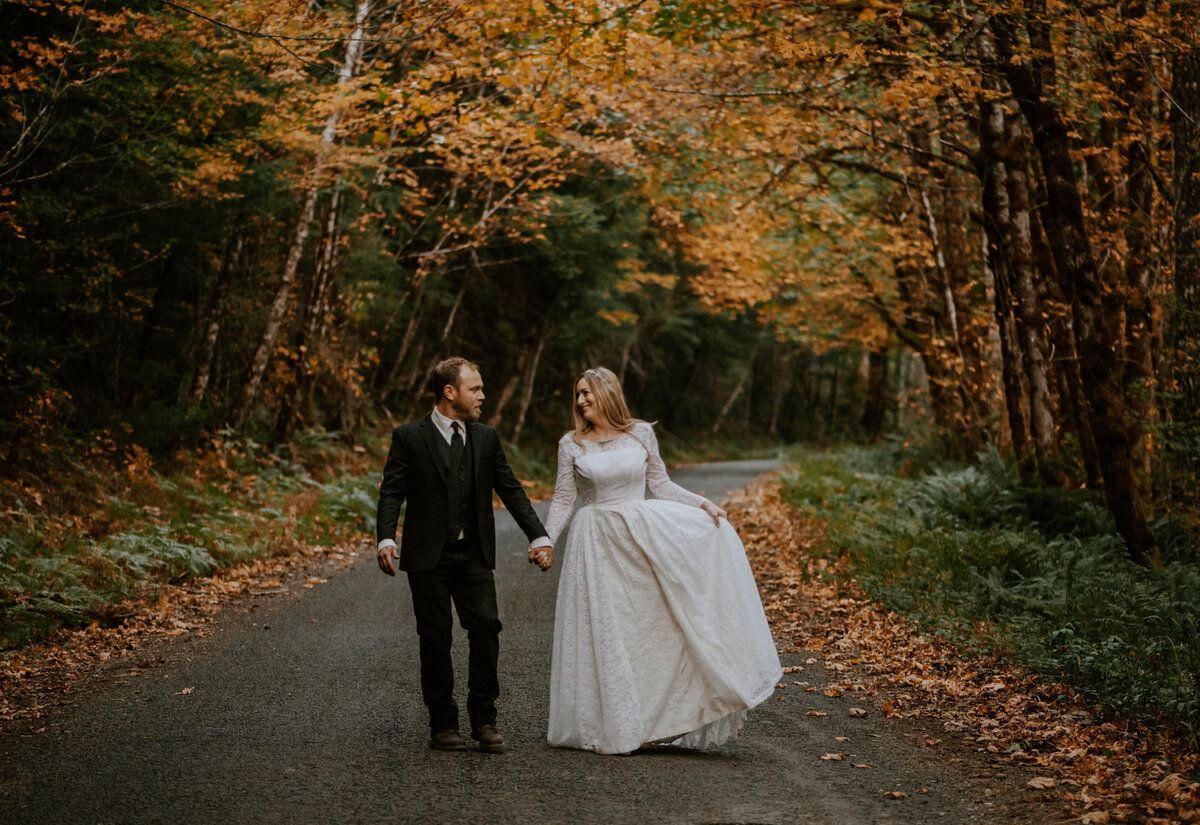 mount-hood-mountain-cabin-woods-elopement-forest-oregon-pnw-wedding-photographer9450