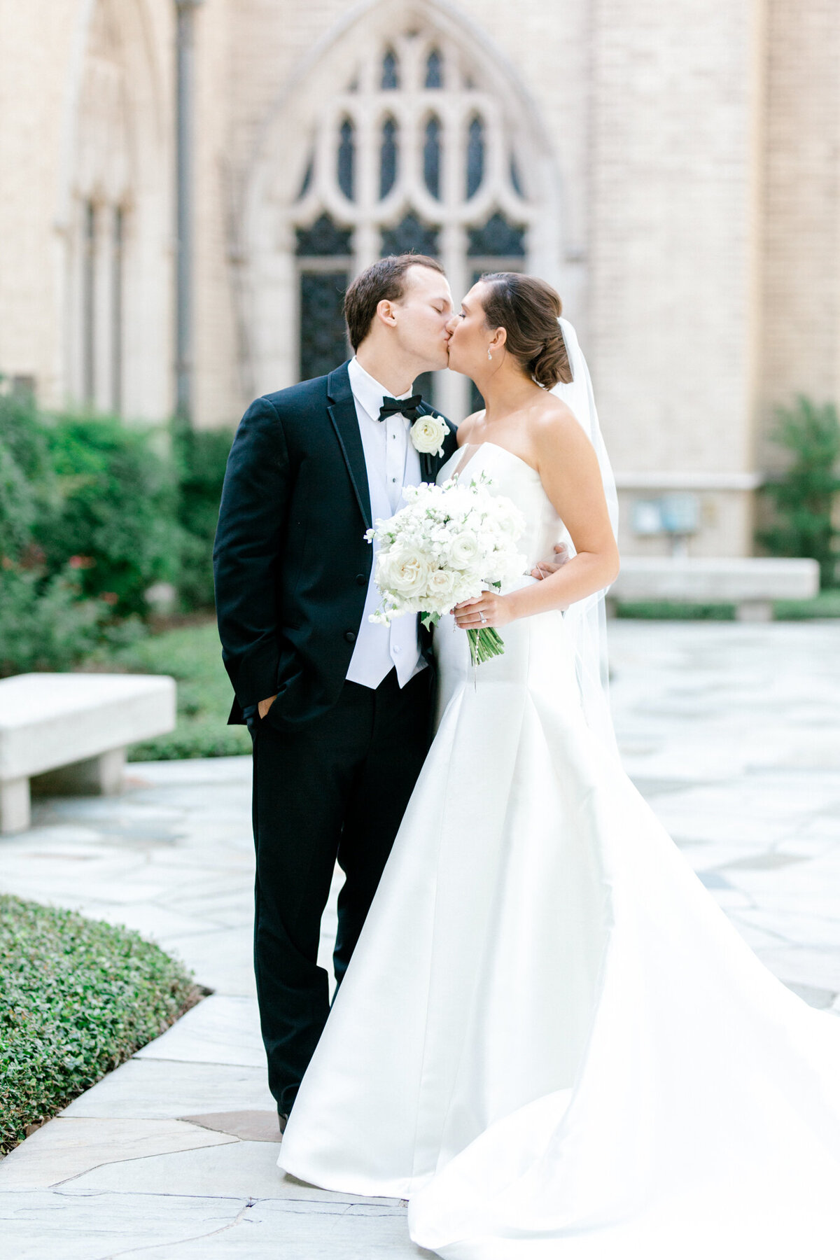Wedding at the Crescent Court Hotel and Highland Park United Methodist Church in Dallas | Sami Kathryn Photography | DFW Wedding Photographer-15