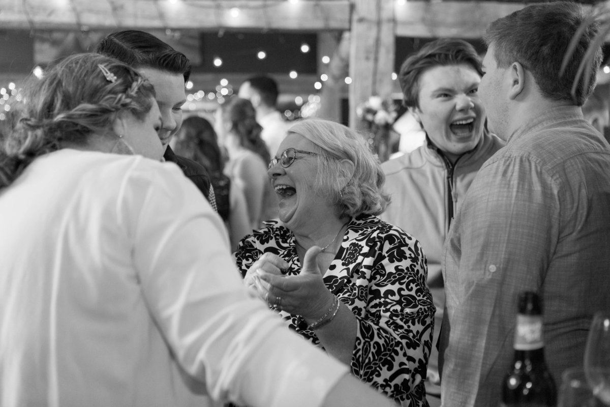 stone mountain arts center wedding photos linda barry photography-52