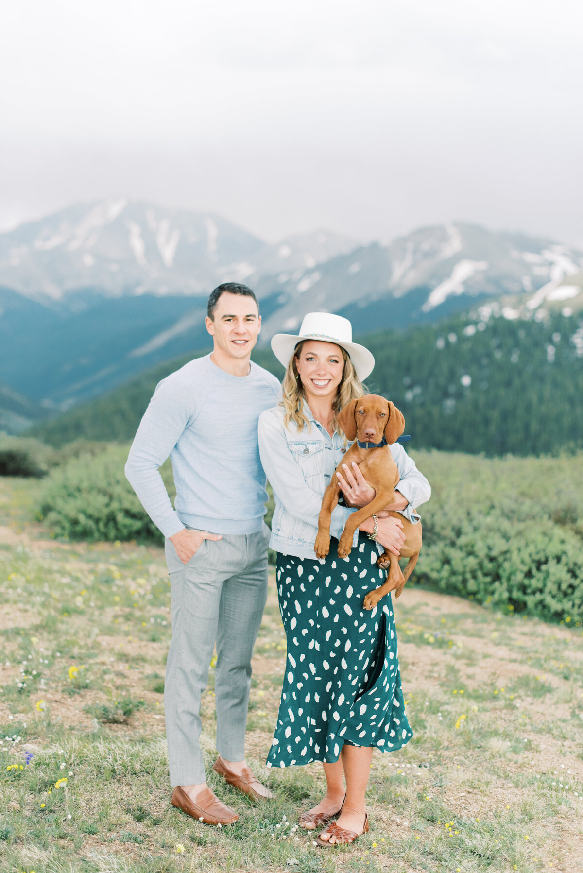 Melissa Brielle Photography Colorado Fine Art Wedding Engagement Photographer Photograph Melissa Minkner Light Airy Luxury High End4
