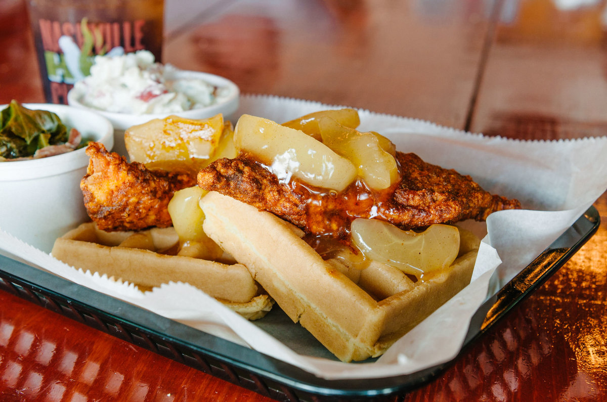Quinn Ballard_Nashville Restaurant Photographer_Pepperfire Hot Chicken-2403