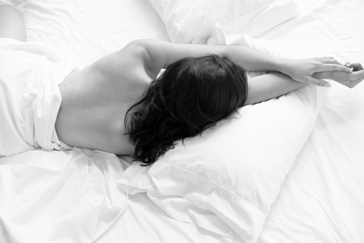 Felicia Reed Photography, Modern Beauty, Austin, Tx Photographer, boudoir, White Sheets, 30th Birthday Celebration-7