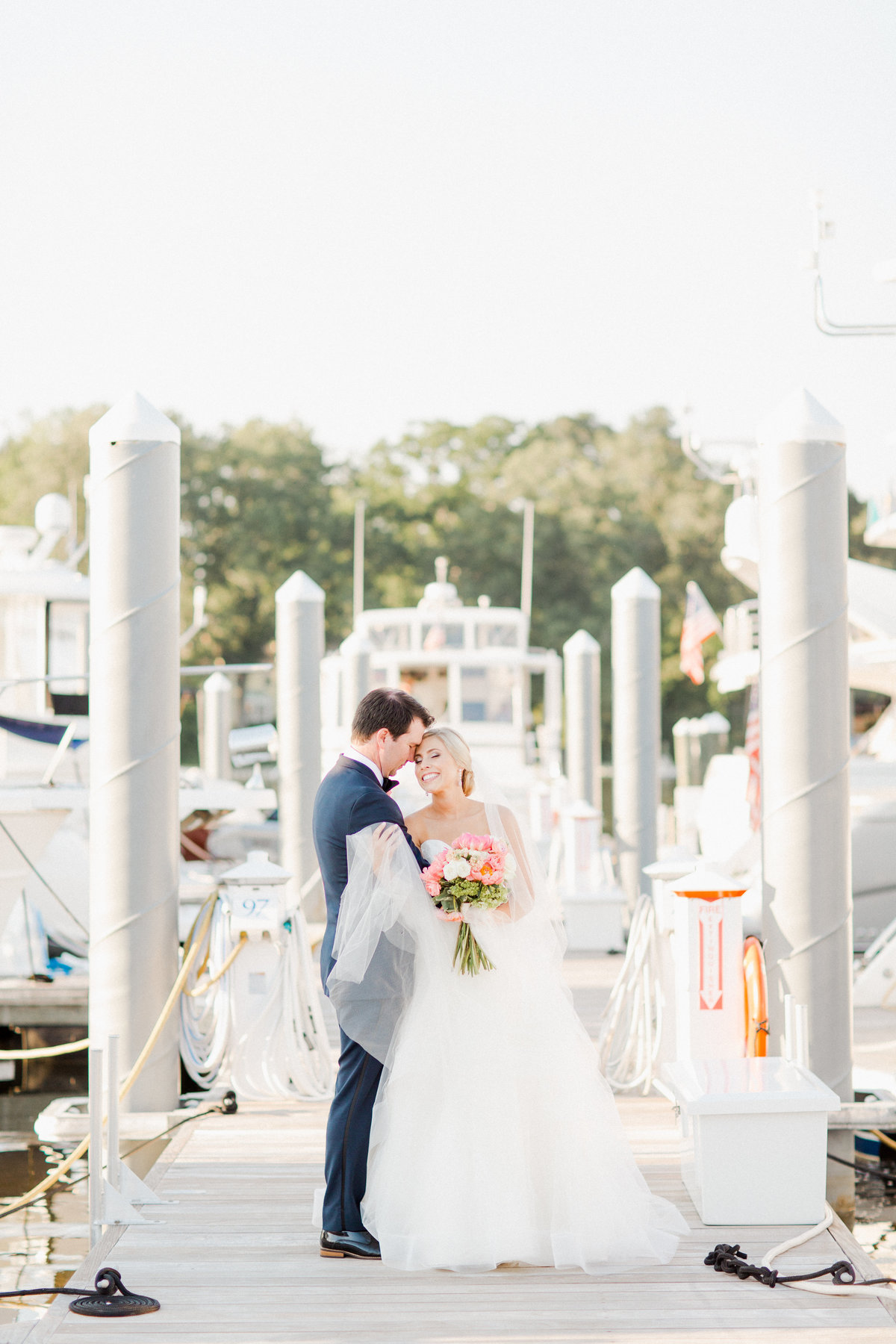 cavalier-yacht-club-wedding-virginia-beach_0056