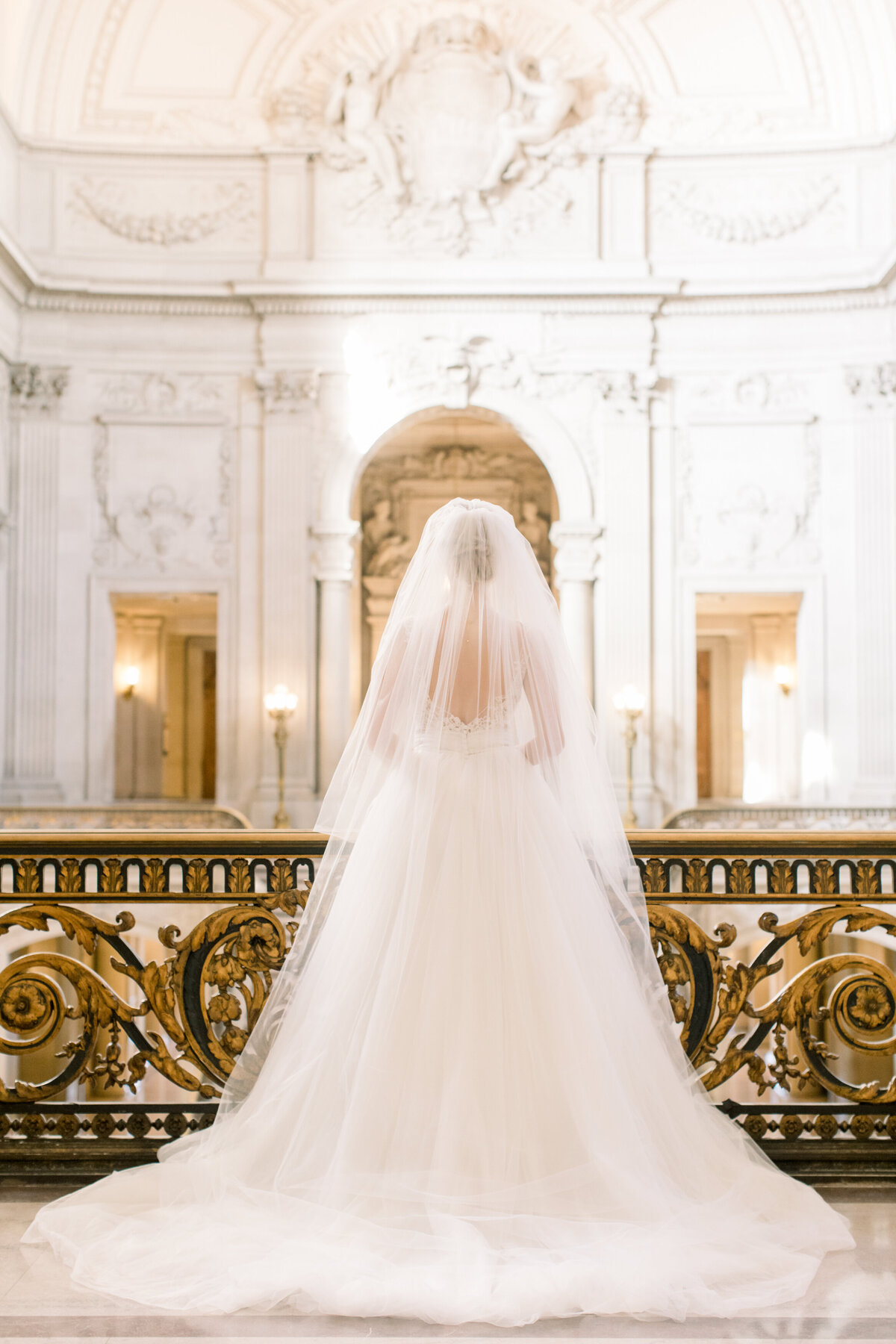 Best_San_Francisco_City_Hall_Wedding_photographer-008