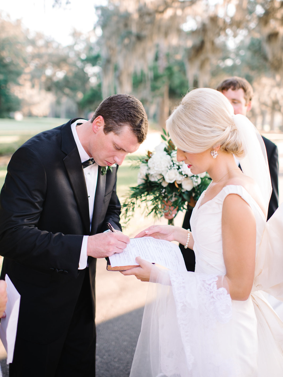 Caledonia Golf & Fish Club Wedding Pictures by Pasha Belman in Pawleys Island